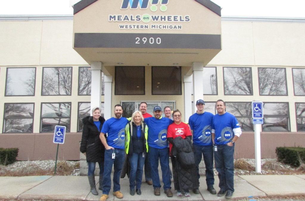 DTE Energy Holiday Volunteer Team 12.13.19